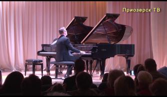 Концерт участников международного конкурса пианистов-любителей «Фортепианные мосты» в ДШИ